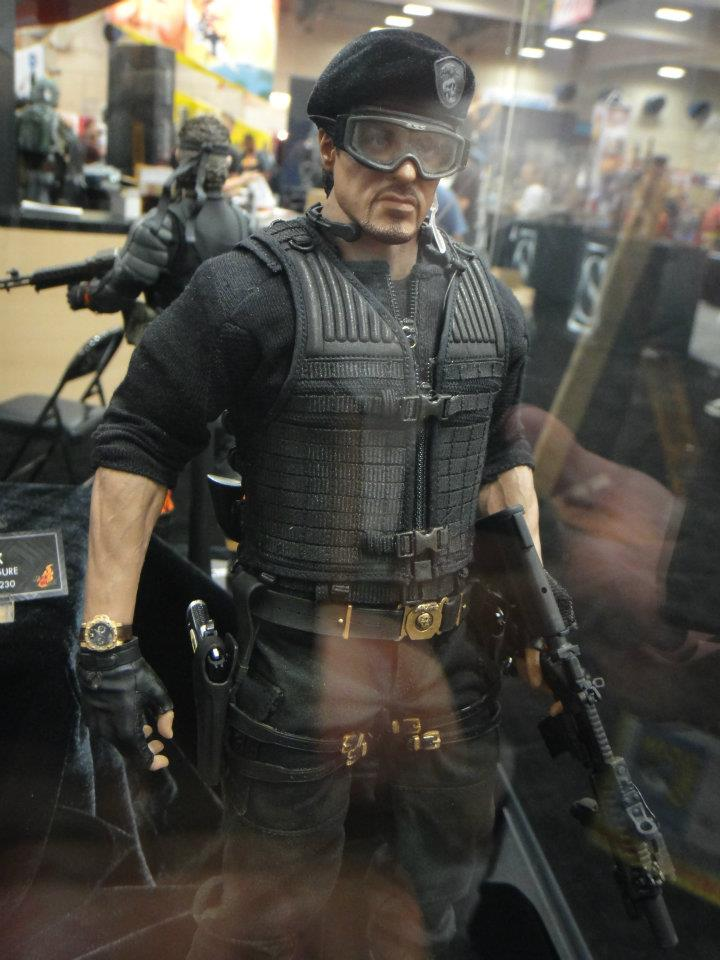"HOTTOYS (figurine 12"" THE EXPENDABLES) - Page 6 318778_4962077004...771200_n-3646567"